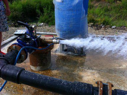 Промывка скважины механическим способом