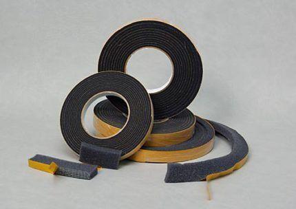 Предварительно сжатая саморасширяющаяся уплотнительная лента