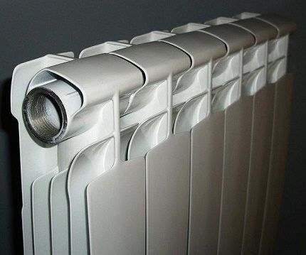 Folding radiator with separate sections