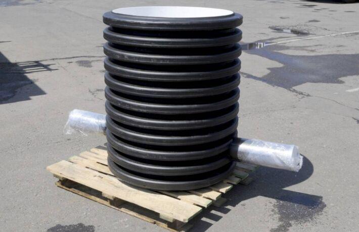 Смотровой колодец дренажной канализации