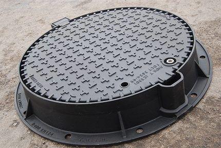 Cast iron hatch