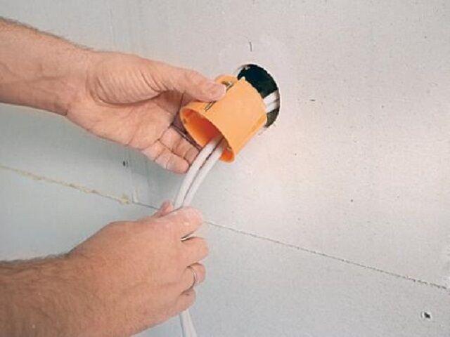 Как сделать тройную розетку в гипсокартоне
