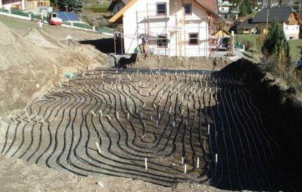 Расположение горизонтального коллектора в почве