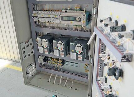 Станция управления насосами с частотной регулировкой
