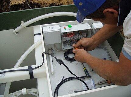 Подключение электрокабеля к клеммам