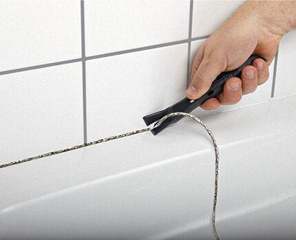 Как сделать бордюр в ванной у стены