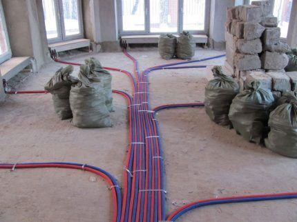 Способы устройства трубопроводов водяного отопления частного дома