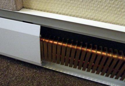 Плинтусный нагревательный прибор