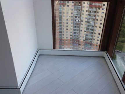 Плинтусные приборы на балконе