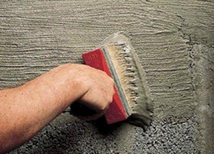 Нанесение проникающей гидроизоляции на бетон