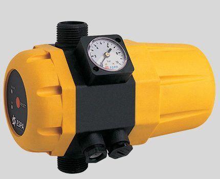 Сложные приборы контроля давления воды