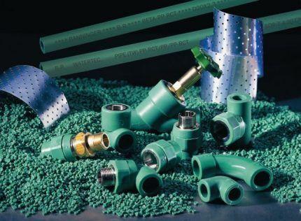 Трубы и фитинги для сборки водопровода