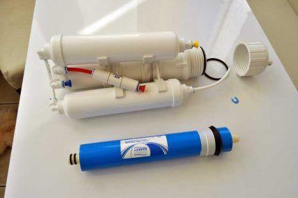 Установка обратного осмоса для тонкой очистки водопроводной воды