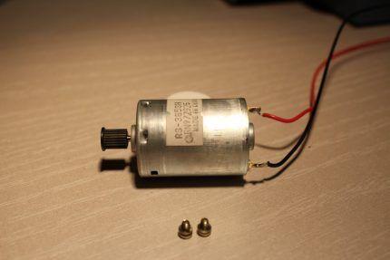 Микромоторчик для насоса