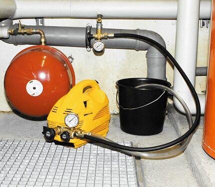 Электронасос для опрессовки отопления своими руками