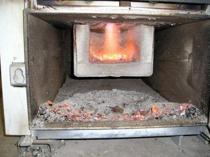 Очистка котла пиролизного горения