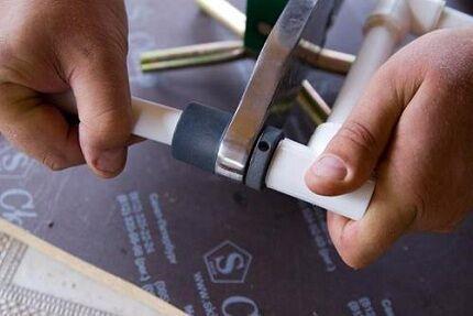 Монтаж труб для установки сантехники своими руками