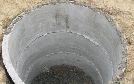 Заделка стыков бетонных колец