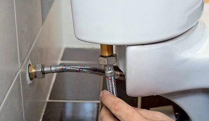 Подключение бачка к водопроводу