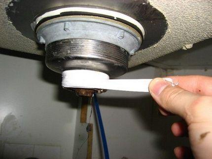 Underwrap using FUM tape