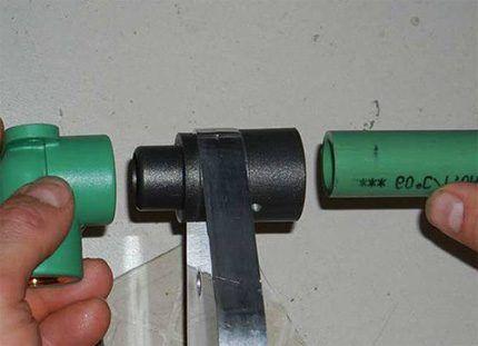 Насадки пластиковых труб для пайки