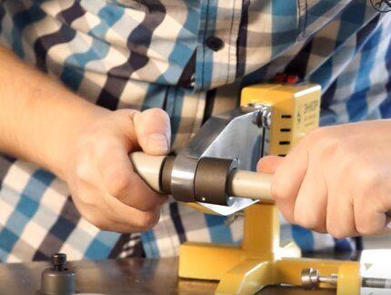 Нагревание деталей насадками на утюге