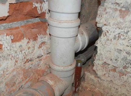 Малошумная канализация Wavin Asto