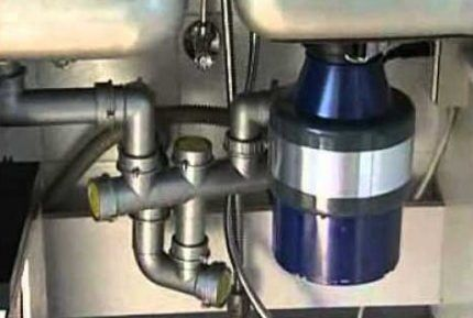 Disposer for domestic waste
