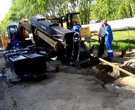 Installation of horizontal directional drilling (HDD)