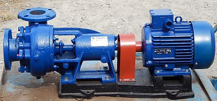 Cantilever circulation pump