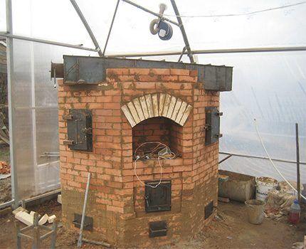 Каменная печь для теплицы