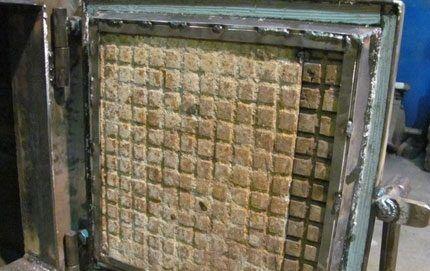 Двери секций топливной камеры