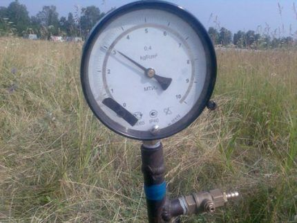 Pressure gauge for gas pipeline testing