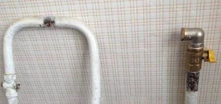 Прокладка проводки в квартире по потолку