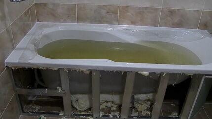 Монтаж стальной ванны