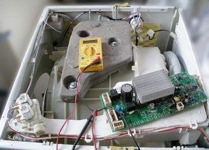 Блок управления в стиральной машине