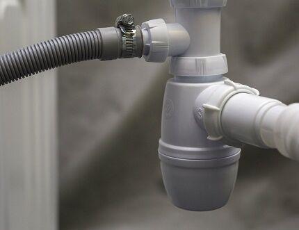 Гидрозатвор в системе канализации