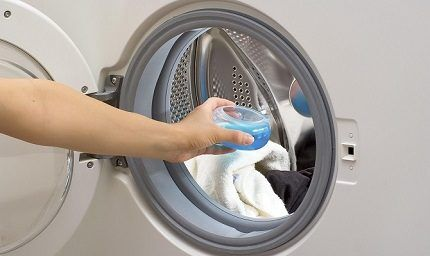 Жидкие моющие средства для стиральной машинки