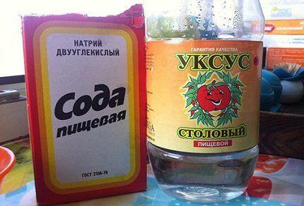 Сода и уксус для мытья холодильника