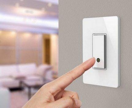 Беспроводной выключатель в интерьере