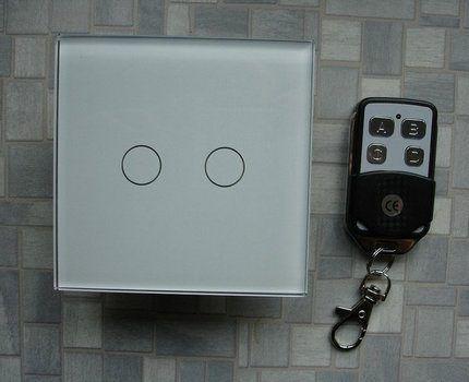 Беспроводной выключатель с пультом
