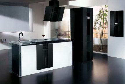 Холодильник Хотпоинт-Аристон в интерьере