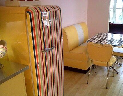 Однодверная модель итальянского ретро холодильника