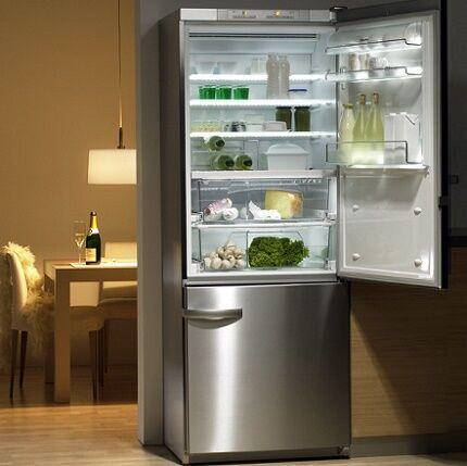 Эффектное и вместительное холодильное оборудование