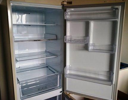 Холодильная камера RB-33 J3200WW