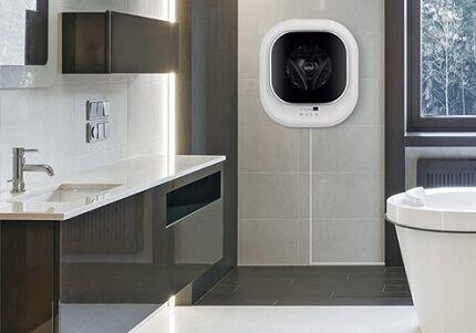 Навесная модель в тесной ванной комнате