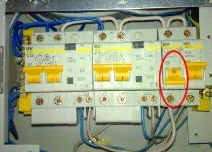 Электрический щит в исправном состоянии