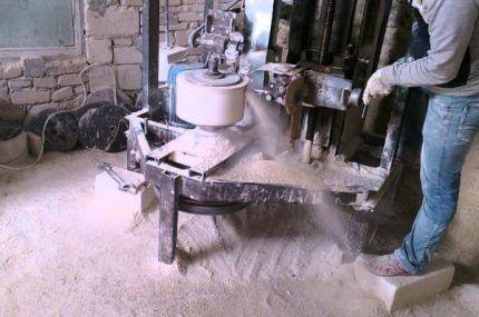Обработка мраморной чаши на токарном станке
