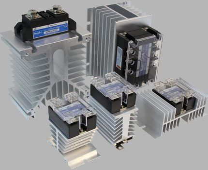 Solid state relays on radiators