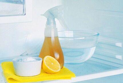 Сода и лимон для нейтрализации запаха